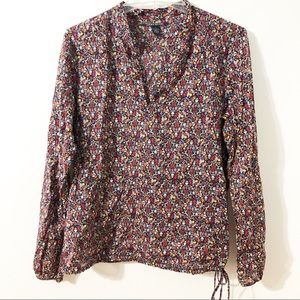 Lucky Brand Blouse w Drawstring Bottom and V-neck